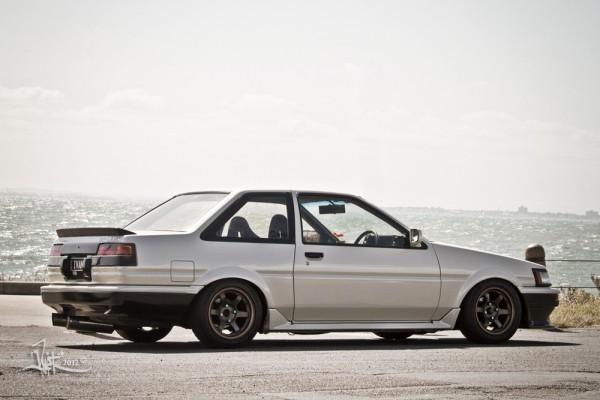 ae86-levin-2-door-trueno-3-door-hatch-coupe-brothers-4